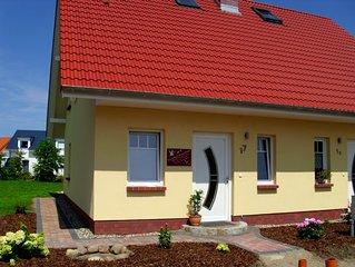Schöne Lage mit Boddenblick, DHH, Garten, nahe Badestelle, Haustier willkommen!