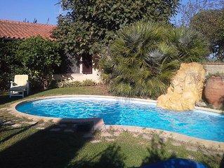 Ferienhaus mit Pool in  der Nahe der Strande