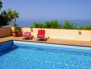 Spacious, charming and child-friendly holiday house with pool.