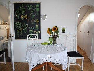 Schnuckeliges Appartement mit extra Küche, Bad, Whirlpool, Dusche und Badewanne.