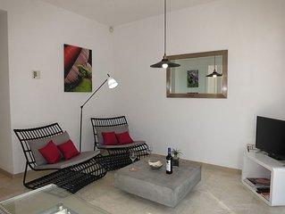 Zentral & doch Ruhig -alles zu Fuß erreichbar Top-WiFi + Klima +  TV + Garage