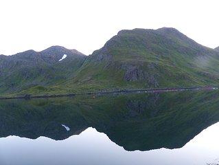 Haus direkt am Fjord nur 25 Kilometer zum Nordkap - ganzjahrig bewohnbar