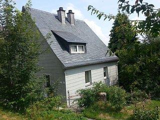 Individuelles Frankenwaldhaus mit Flügel/Klavier, bis 6 Pers., Haustiere erlaubt