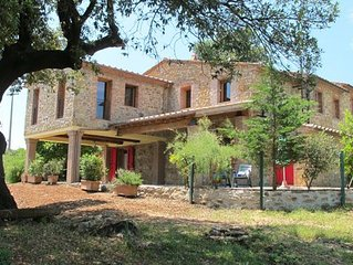 Newly renovated country house in the hills about 20 min. from the sea