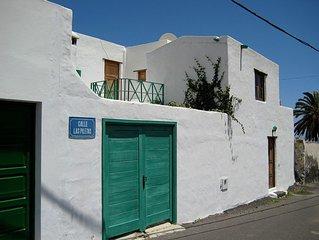 Haria und Kultur - Kleines Apartmenthaus mit kleinem Meerblick am Palmenhain