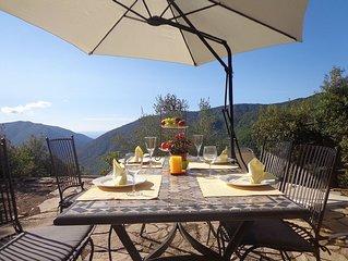 Kleines Natursteinhaus Rustico  in Italien mit zauberhaftem Alpen- und Meerblick