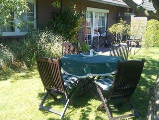 Ferienhaus mit 2 separaten FeWo (8 Pers.) 4 Schlafz., 2 Bader, Garten: Greetsiel