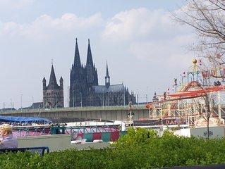 Ferienwohnung Koln -Zu Fuss zum Dom oder in die City- 1km bis zur Messe
