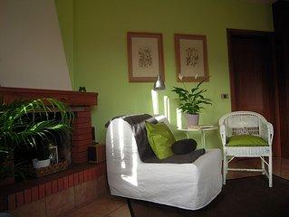 Sonniges Green-style Studio mit Terasse 10 min vom See + free bikes