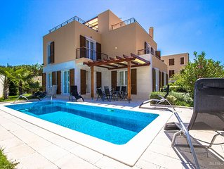Luxury villa with pool and sea view located at best place on island ob Brac