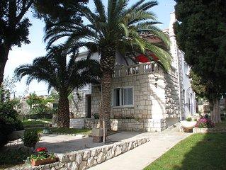 Edles Einfamilien-Haus 1.Meerreihe mit großem Garten für 5-10 Personen günstig