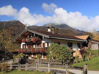 Familienfreundliche Ferienwohnung in Kreuth mit Blick auf die Blauberge