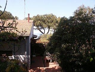 Haus mit Garten, ruhige Lage trotz Nahe zu Strand, Hafen und Geschaften