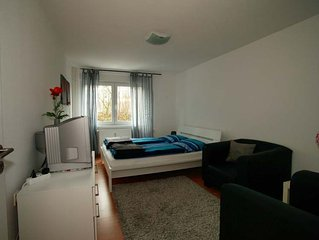 Boarding House with several modern apartments 300m from the main station