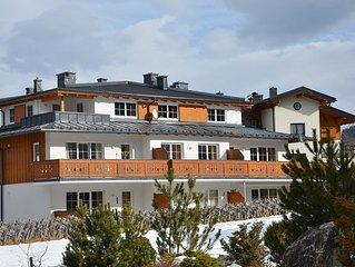 Luxuriöse Penthousewohnung mitten in Kaprun/ ein Stockwerk für Sie ganz allein!