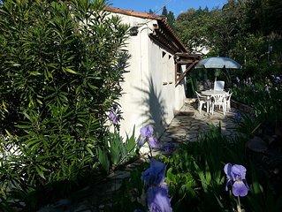 Appartement 65m2,  independant  dans villa, terrasse, jardin et parking, 5 Pers.