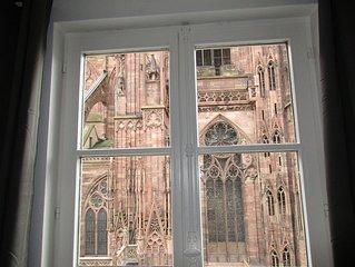 4 Pieces meuble 85m2 Place de la Cathedrale Centre-ville Strasbourg