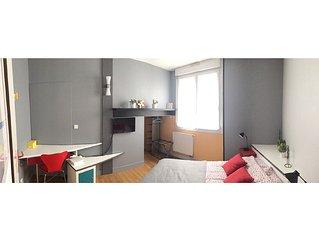 On the banks of the Garonne, guest house for 1 couple (av 1 or 2 children)