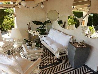 Chambre d'hotes de charme a Vence. Idealement situee entre Nice et Cannes
