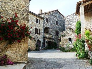 Acomodation in Provence. (Barjac 30430)