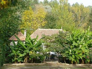 Charmant cottage en bord de riviere