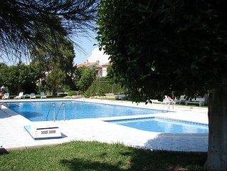 Bungalow (1er etage) avec piscine - tout confort pour 4 personnes avec parking