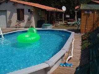 LABENNE sud Landes, piscine privée, grand jardin clos.Idéal surf ou repos