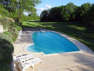 La Creche : tres beau gite (75m2)  pour deux personnes avec piscine