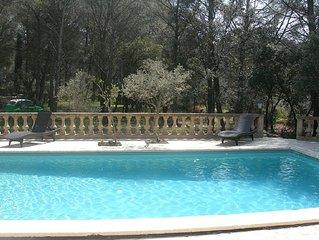 Guest Room 2 people Provence-KITCHEN-pool-tennis-Le Domaine d'aleze