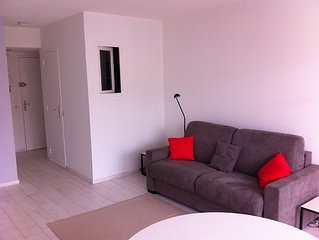 T1 comfortable in 5 minutes walk from the lighthouse golf and 10 minutes from t