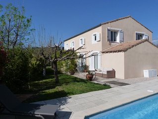 Villa, 200 m2, avec Piscine, Calme, 20 kms Cassis, au pied de la Sainte Baume