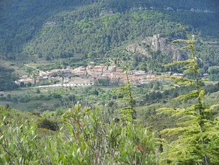 LOCATION PADERN CORBIERES CATHARE AUDE VERDOUBLE CUCUGNAN MER