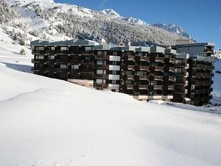 Very nice accommodation on the slopes Bell'alloggio direttamente sulle track.