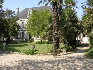 Grande Maison indépendante   proche des plages  dans   parc