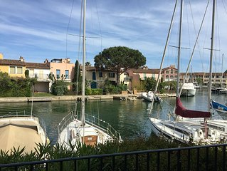 Very nice apartment in Port-Grimaud, beautiful view of the canals