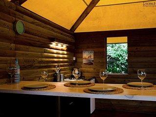 Octo Lodge en bois proche de la mer