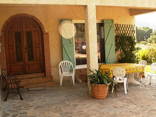 ground floor of quiet and spacious villa with all comfort.
