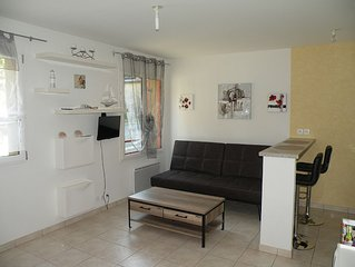 Pretty studio bungalow in the center of Cancale