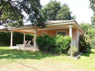 Villa avec jardin et piscine partagée, dans résidence privée, 300 m de la mer