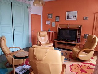Grand appartement plein centre ville, calme, confortable, thé, café offerts