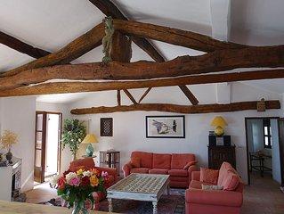 Maison 200m2 centre village medieval