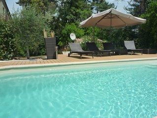 Maisons, piscine a 30 minutes des plages et 1h des pistes de ski