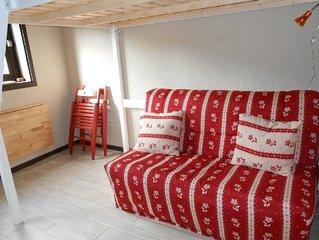 Comfortable studio-cabin on the slopes of Villard