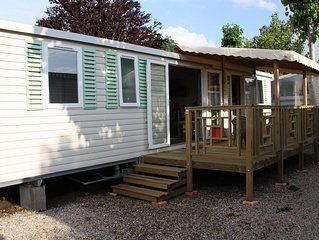 Mobil-Home Luminosa 6 Personnes, 3 Chambres, 2 SDB, 2 WC, terrasse couverte