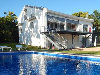 Appartement indépendant au rez de chaussée d'une maison sur 1200 m² de jardin