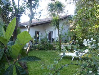 Belle villa Spacieuse 120m2, arborée à 5min de l'océan et 100m forêt landaise