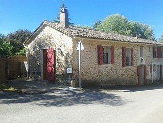 Maison provençale plein coeur de village entre Verdon et Mer