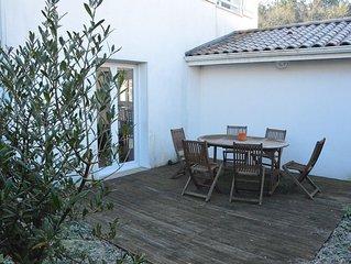 Maison moderne équipée avec jardin et terrasses 4 à 6 pers. Proche Océan