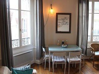 'Au coeur de Troyes' : Appartement de charme spacieux dans l'hypercentre