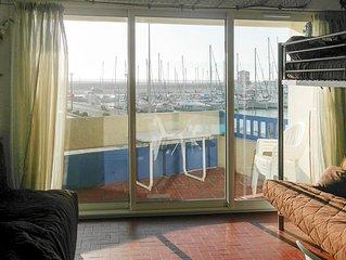 Studio avec terrasse, 4 personnes, vue sur la mer, entièrement équipé